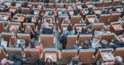 Does digital teaching really threatening teachers?