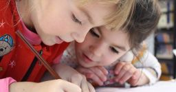 5 good reasons to adopt e-learning in schools