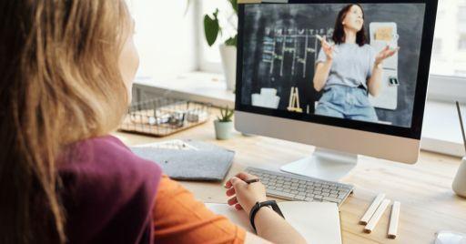 Videolezioni: quando è il momento di spegnere la telecamera?