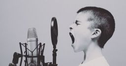 5 tips to hire the right e-Learning voice actor